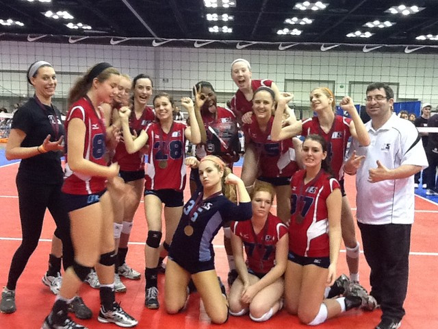 2012 16 Jackie Champions of the 16 Open Division at the Mid-East Qualifier!