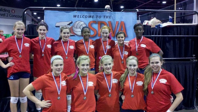 2012 14 Suzanne Champions of the 14 Power Division at SRVA Regionals
