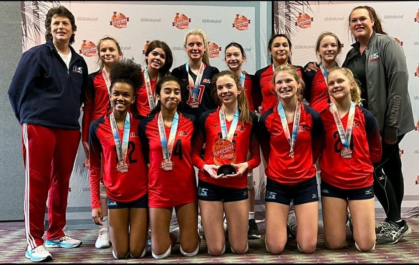 13 Betty Bronze Medalist in the 13 American division of the 2021 Sunshine Classic