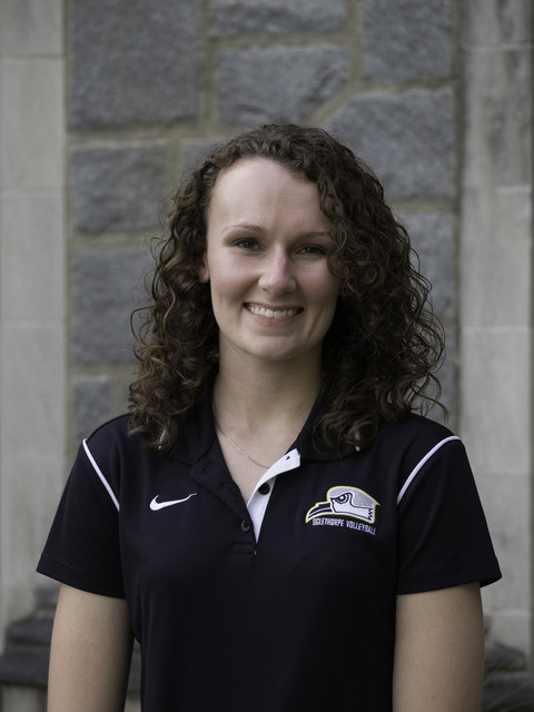 Head coach Lisa Godwin
